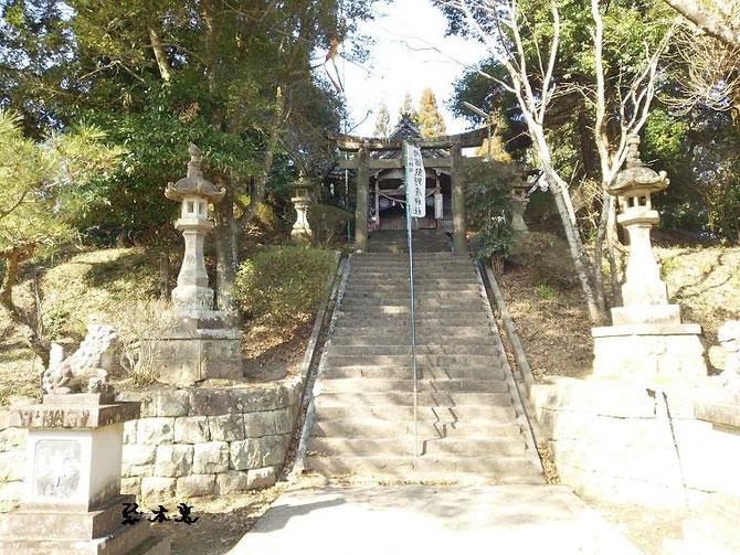 岡留熊野座神社(おかどめくまのざじんじゃ)