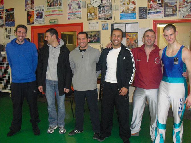 L'équipe du comité du calvados de Savate Boxe Francaise, de gauche a droite : Christophe LESAGE, Dominique BRIAND, Thierry BLANLUET, Mounir BOUTARTOUR, Cédric CLAVIER et Dimitri JEAN-BUREL, manque Fred CAPERROS