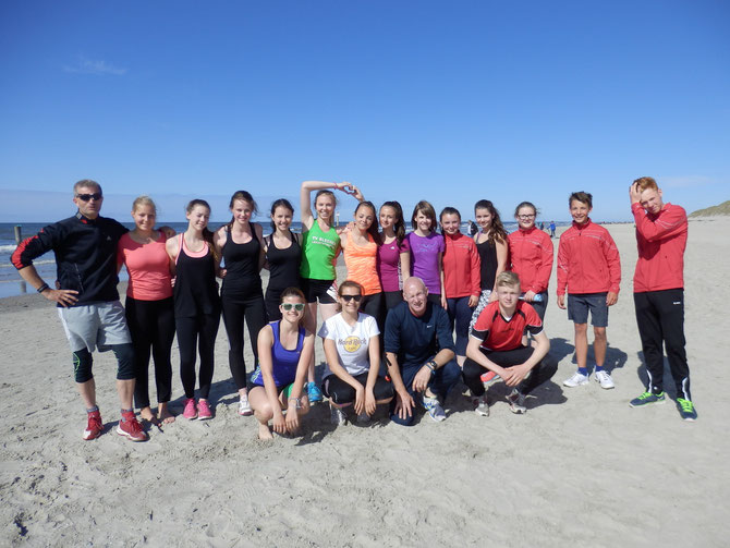 Mannschaftsfoto am Strand von Norderney