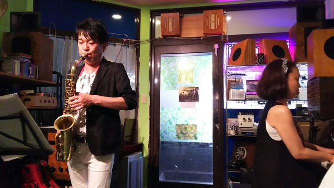 2016.7.16 ふじさほDUO - 八戸ノ里 Bar 「蓄音機」