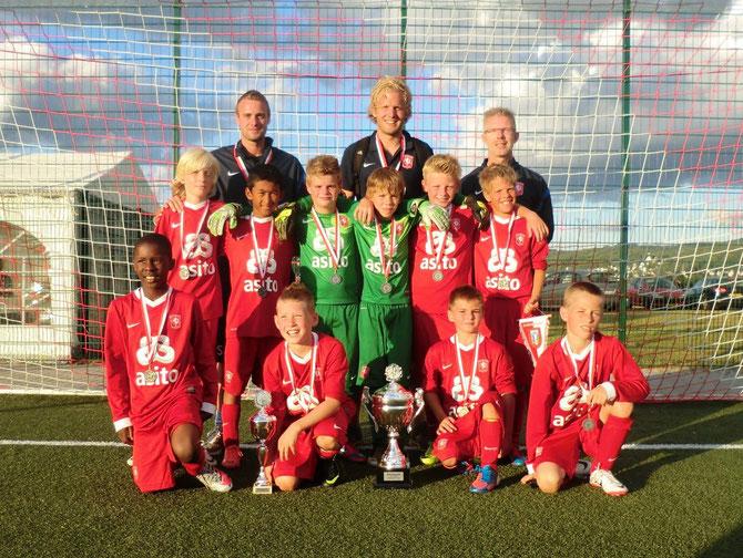 Mit einem 2:0 im Endspiel gegen Alemannia Aachen gewann der FC Twente Enschede den Champions-Cup 2012.