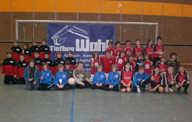 43 Mannschaften nahmen am Tiefbau Wahl-Hallencup teil.