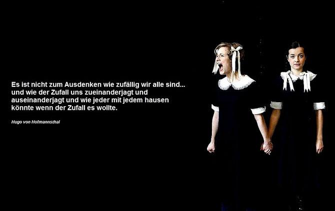 Omama im Apfebaum, Linzer Landestheater 2011, Martha Hirschmann, Elisabth Breuer, Photo: Reinhard Winkler