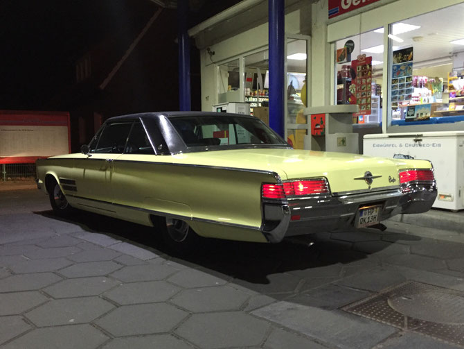 66er Chrysler 300 2door hardtop (Coupé) 383 cui (=6,3L Hubraum) daffodil yellow