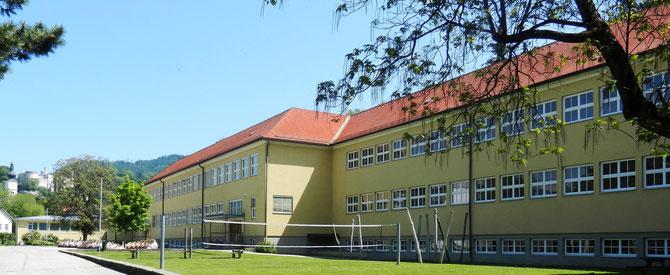 Schulhaus Ansicht Ost