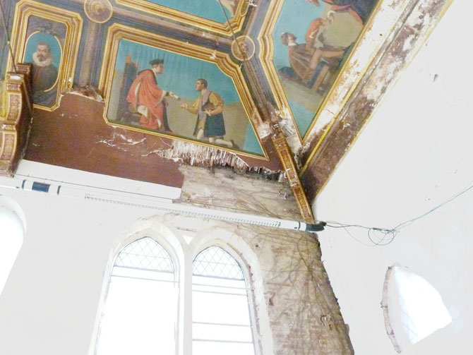 2014 : angle sud-ouest de la salle des Illustres (peintures de Bénézet)