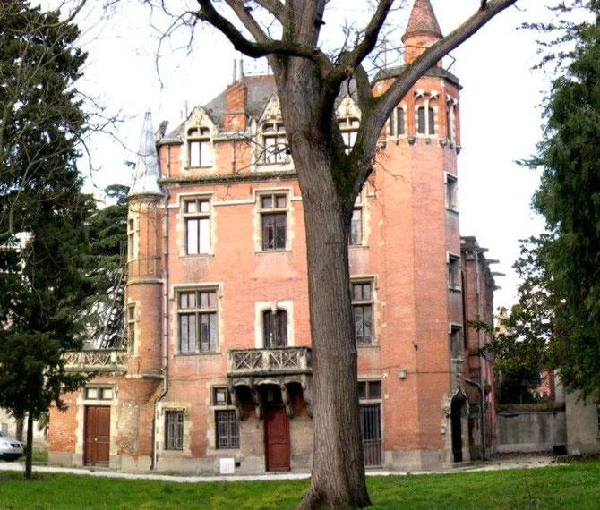 Etat du château en 2005, au moment de la création du jardin