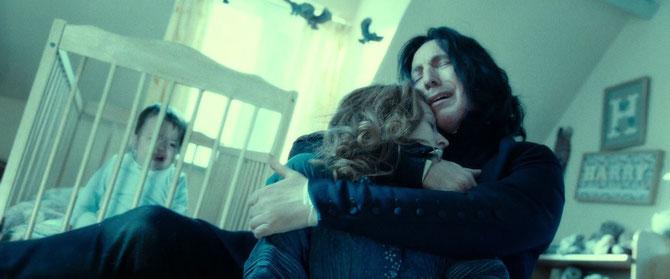Rogue étreignant le corps de Lily Potter (HP7 - Partie 2)