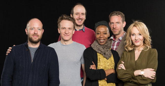 De gauche à droite : John Tiffany, Jamie Parker, Jack Thorne, Noma Dumezweni, Paul Thornley, JK Rowling