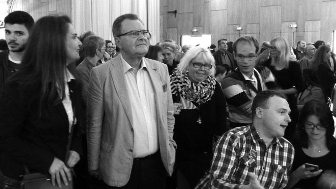 """Auch Bürgermeister und Ex-Fraktionsvorsitzender der SPD im Stadtrat, Ernst Lauterjung, bleibt noch verhalten, will erst ganz sicher sein. Er war es, der Tim Kurzbach über Jahre """"aufgebaut"""" hat. Nun ist der große Tag gekommen. Nervenprobe extrem!"""