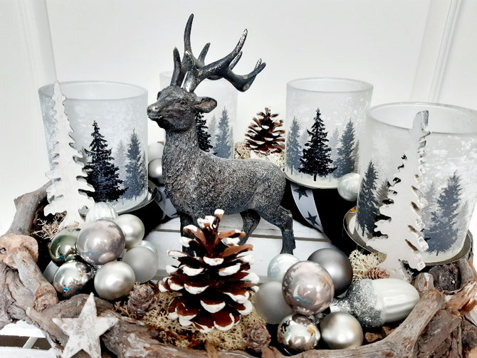 Adventskranz Wintertannen € 85,-