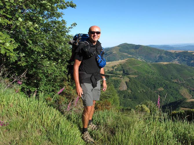 Nach dem Kordilleren beginnt die grüne Galicien. Es ist nicht mehr weit nach Santiago.