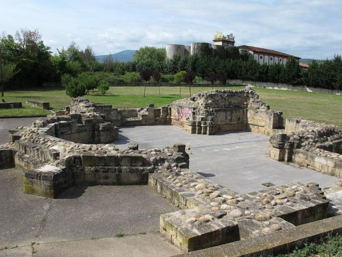 Im Jahr 1185 erbaute Herberge und Hispital San Juan de Arce