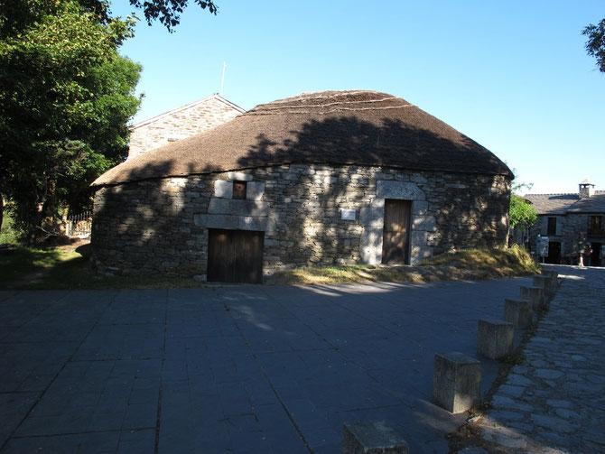 O`Cebreiro. Alte Pilgerstation noch aus Keltische Zeiten