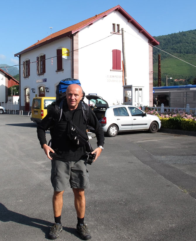 Start am Bahnhof in Saint-Jean-Pied-de-Port (F). Angekommen bin ich hier mit dem Zug von Bilbao über Bayonne.