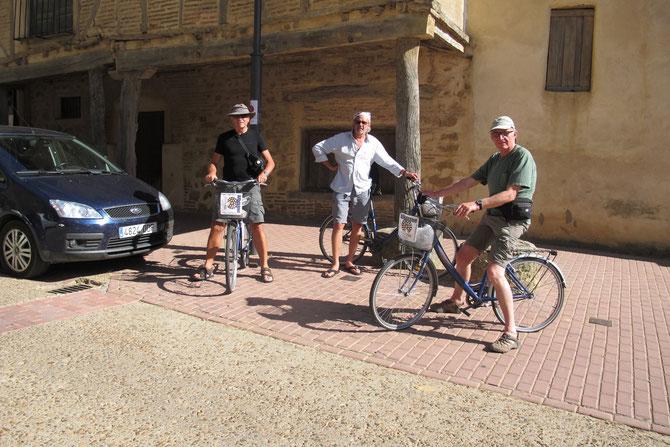 Herberge in Sahagun stellt sogar Fahrräder zur Verfügung.