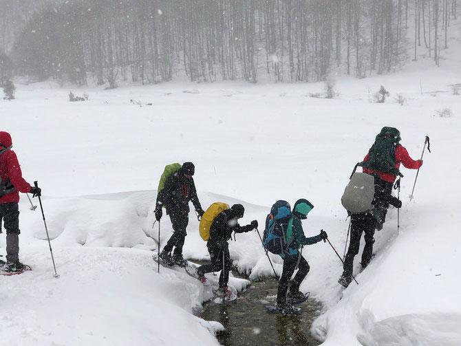 La neige est parmi nous aux chalets du village de vacances à Soueix Rogalle