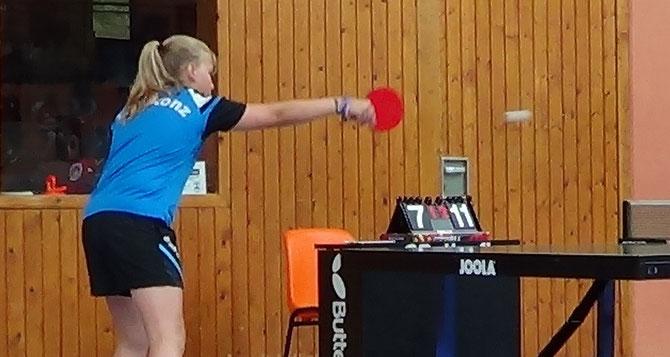 Katja Bruckmann im Spiel bei den TOP 20 B-Schülerinnen