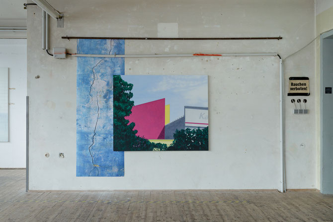 neighborhood, oil on canvas, 120 x 150 cm, 2019 and digital print from the photo series Farbe, Struktur, Zerfall, 2017