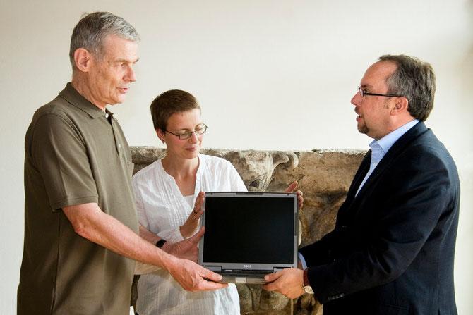 Wir unterstützen die Gemeinde der Garnisonkirche in Potsdam mit zwei Laptops