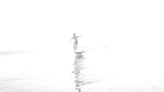 夏の朝の一枚。波乗って人それぞれの思いや目標がある、週末良い波乗りたい楽しみたいって言うなら色んな板、もしくは楽しんでるサーファーにアドバイスを受けるのが一番!rider LBS artist 410