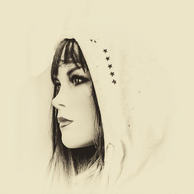 Anna, Canvas 40 x 40 cm