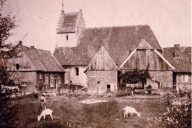 Um 1900.