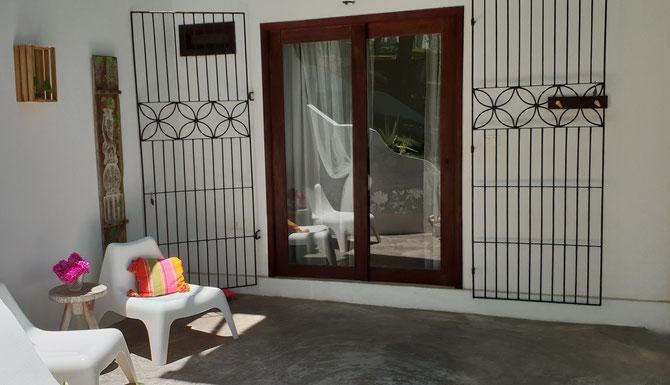 private veranda -suite low