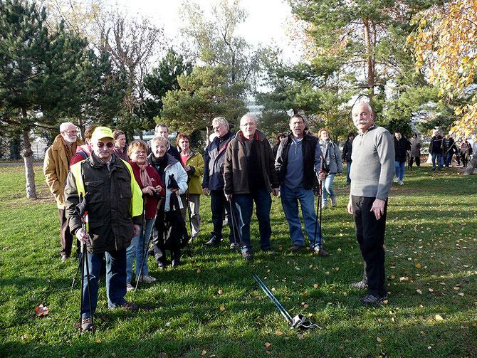 Journée des Animateurs 20 novembre 2010 Issy les Moulineaux initiation Marche Nordique