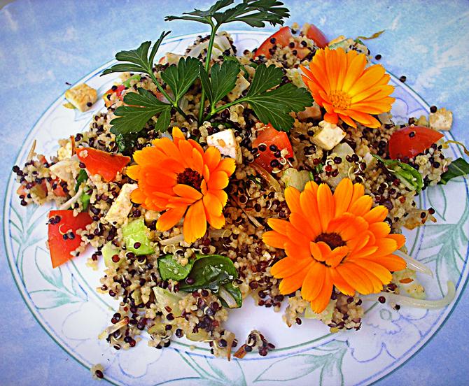 Quinoa- Salat
