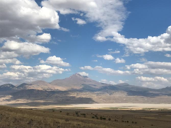 Vulkan Erciyes (3917m) bei Kayseri - der Geburtshelfer Kappadokiens