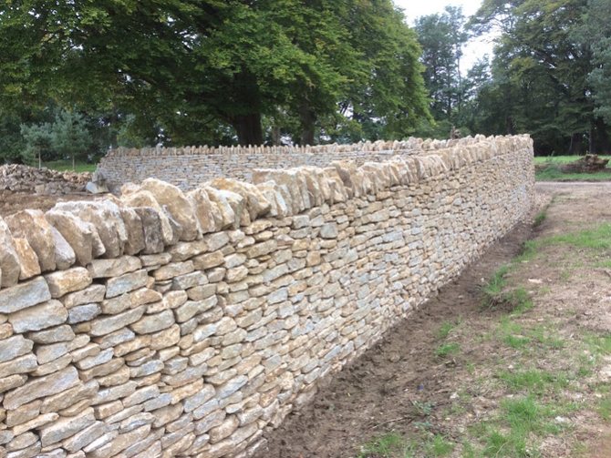 2016 drystone wall under construction - Creating an Estate wall at the Newt
