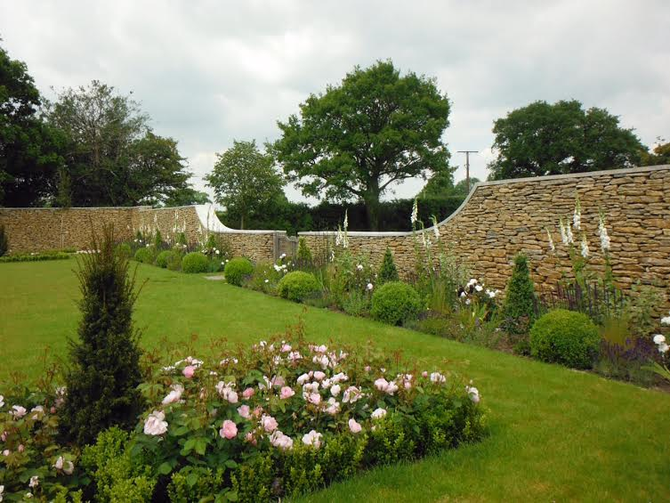 Add value, beauty and elegance with walling stone