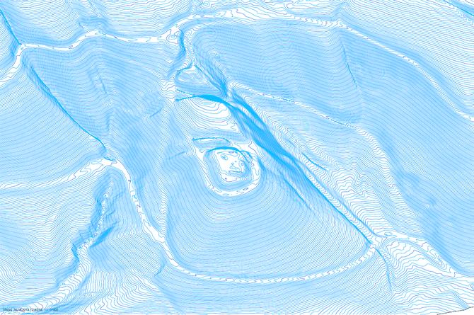 Digitales Höhenmodell des Bergsporns mit allen Gräben und Wegen