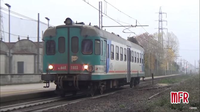 """""""Stazione di PONTE D'ADDA (CR): ALn 668 1803 effettua il REGIONALE 5230 CREMONA - CODOGNO"""": guarda il video!"""