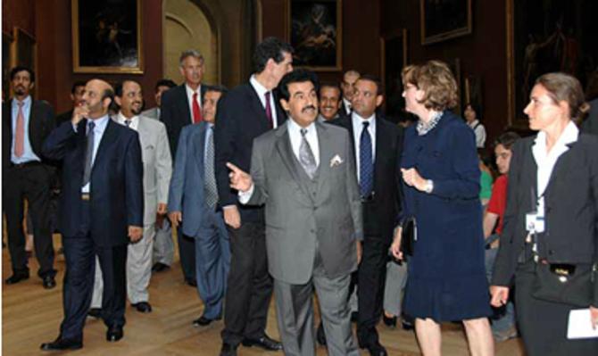 UNE VISITE AU LOUVRE. BELPHEGOR EST PLANQUE DANS LES SOUS-SOLS. C* Cheikh Nasser Org.