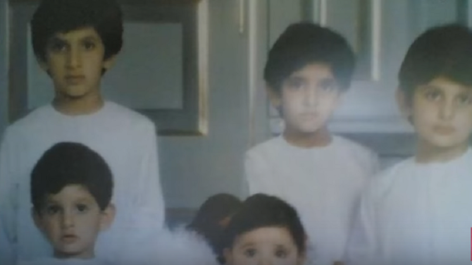 APRES HESSA née en 1980, SHEIKHA HIND DONNE à L'EMIR 5 FILS à LA SUITE.  Premier plan :  AHMED (1987), SAEED (1988). Deuxième plan : RASHID (1981+2015), HAMDAN (1982), MAKTOUM (1983)
