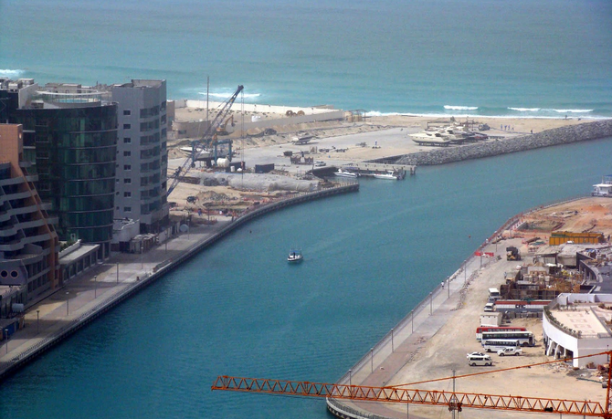 2008 DUBAI MARINA EN CONSTRUCTION
