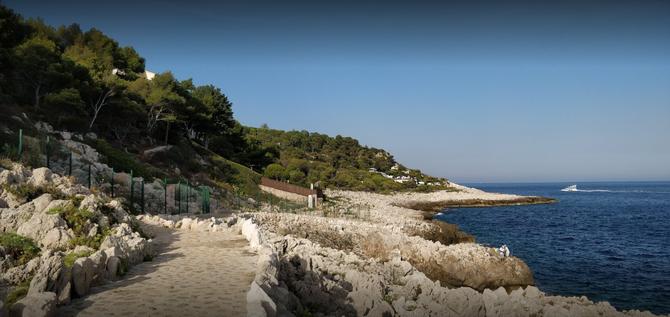 Vers la plage de Santo Sospir