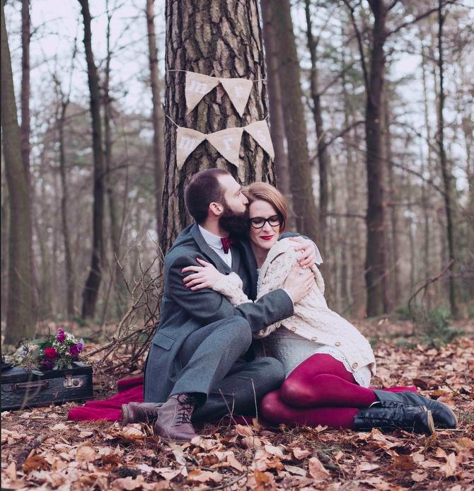 """Die """"Mr. & Mrs.""""-Girlande kam auch bei Janinas eigenem After-Wedding-Shooting zum Einsatz (Foto: Alina Atzler)"""