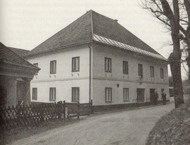 """Današnji izgled zgrade nekadašnje gostionice """"Hrust"""" pored Bleiburškog polja u kojoj su se okupljali"""