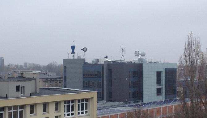 Sammlung verschiedenster Windkraftanalagen an der TU in Lodz, Polen / wide range collection of wind turbines at the Technical University of Lodz, Poland