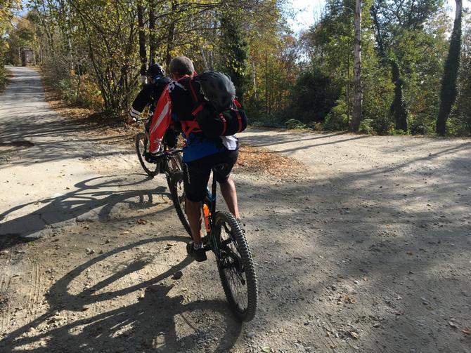 Seguiamo un tratto del Trecciolino ma deviamo in direzione Rifugio Cavanna