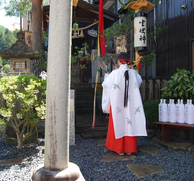 鳳凰台の屋台組で祀る秋葉神社での祭礼