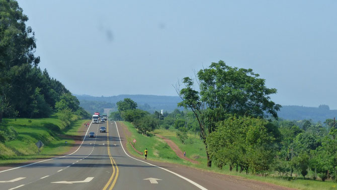 Die ersten 250 km von bis heute 2.250 km seit Iguazu.
