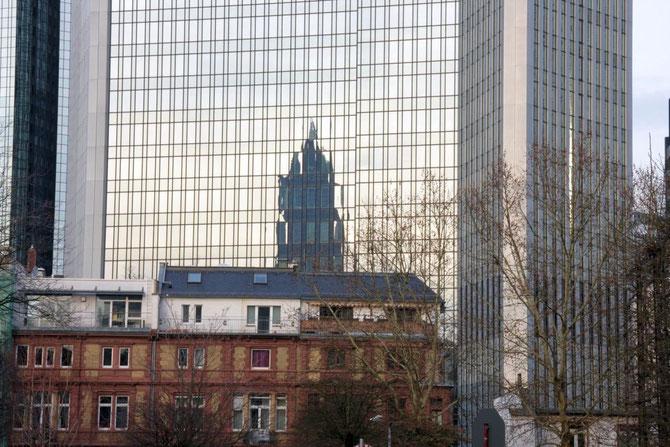 Deutsche Bank als Spiegelfläche, Frankfurt