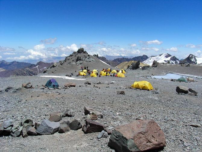 Zeltabbau im Lager Nido de Condores und anschließend Abstieg zum Basislager, 18.01.2008, 14:37 Uhr