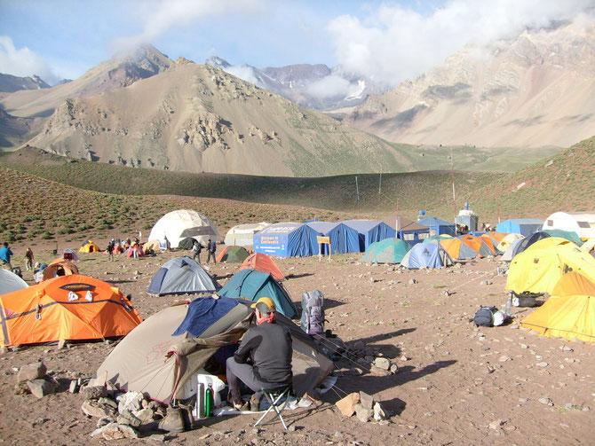 Nach der zweiten Nacht im Lager Confluencia (3.300 m ü.NN), ich habe einen weiteren Akklimatisationstag hier verbracht,07.01.2008