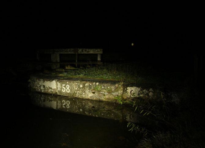 Schleuse 58 am alten Kanal bei Wendelstein am 08.11.2014 um 19:59 Uhr