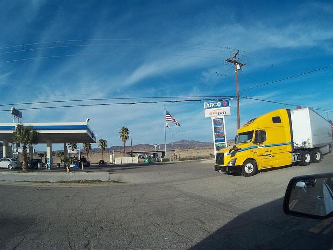 Bild: HDW-USA, Mister T. und der Weiße Büffel, Roadtrip, Amerika, Truck